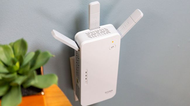 repetidor wifi wifi D-Link AC1750 blanco ideal para casa de dos plantas